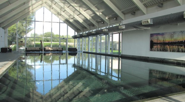 ArtSpa heated indoor swimming pool Cotswolds self catering