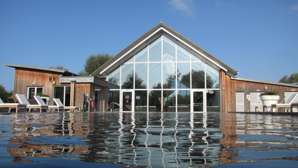 ArtSpa heated outdoor swimming pool Cotswolds self catering 2
