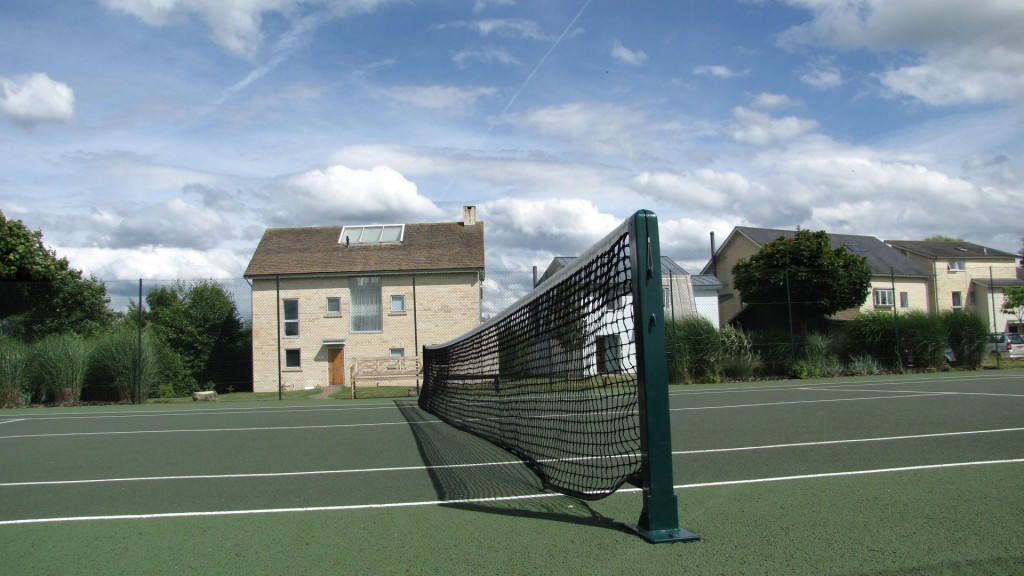 Tennis court 3 Cotswolds self catering