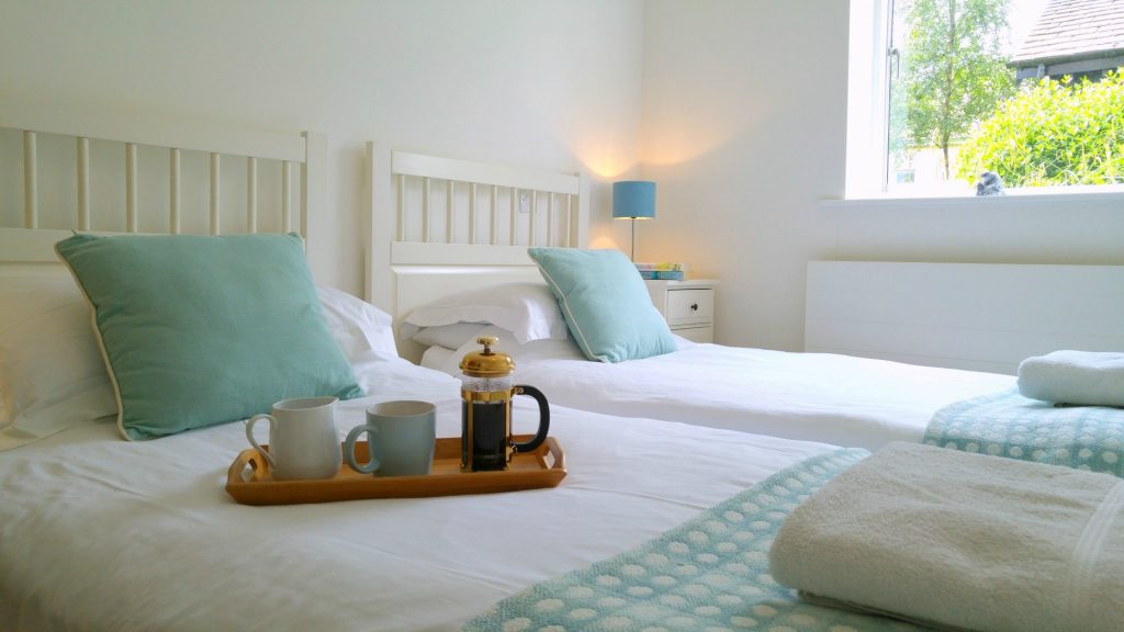 Twin Bedroom Cotswolds Self Catering