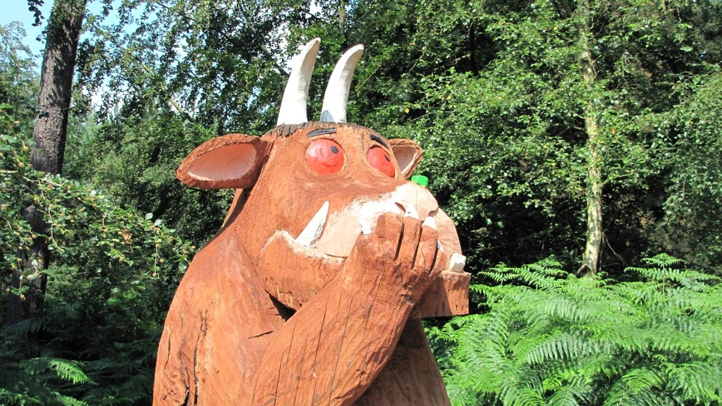 Oh help! Oh no! It's a Gruffalo!