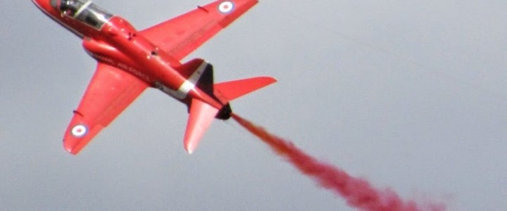 The Red Arrows and the Cotswolds