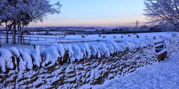 Beautiful snowy Cotswolds